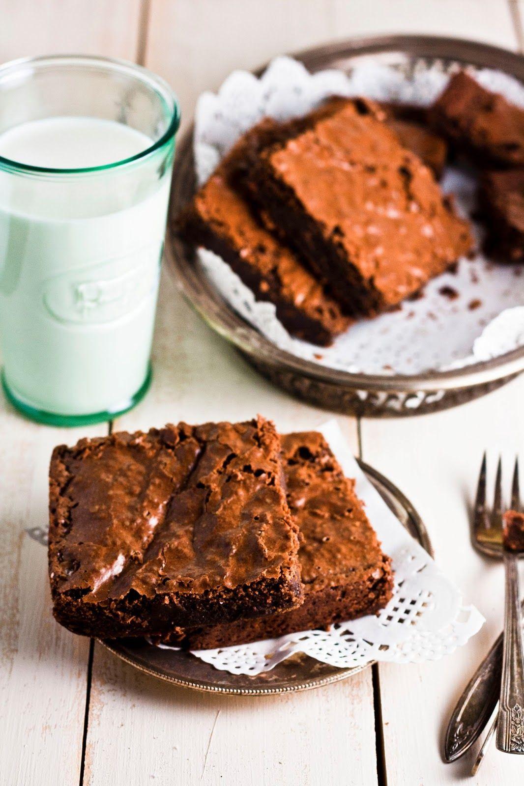 Hummingbird High - A Desserts and Baking Food Blog in Portland, Oregon: Supernatural Brownies