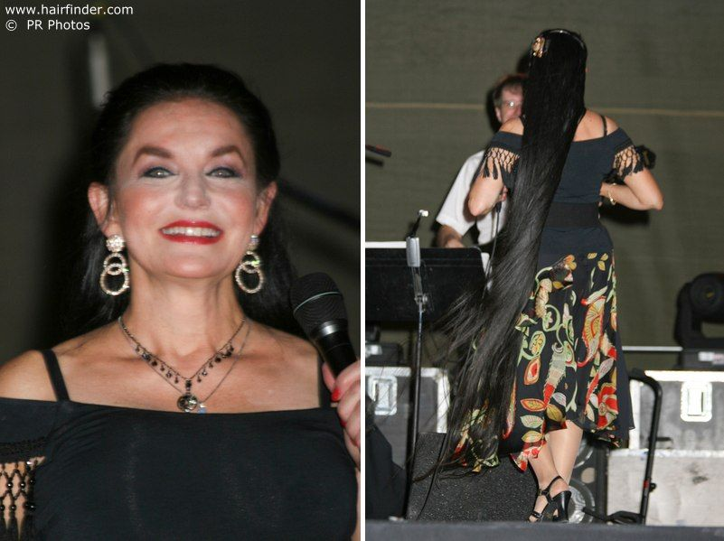 Crystal Gayle Age 62 Singer With Her Amazing Long Hair Long Hair Styles Beautiful Hair Hair