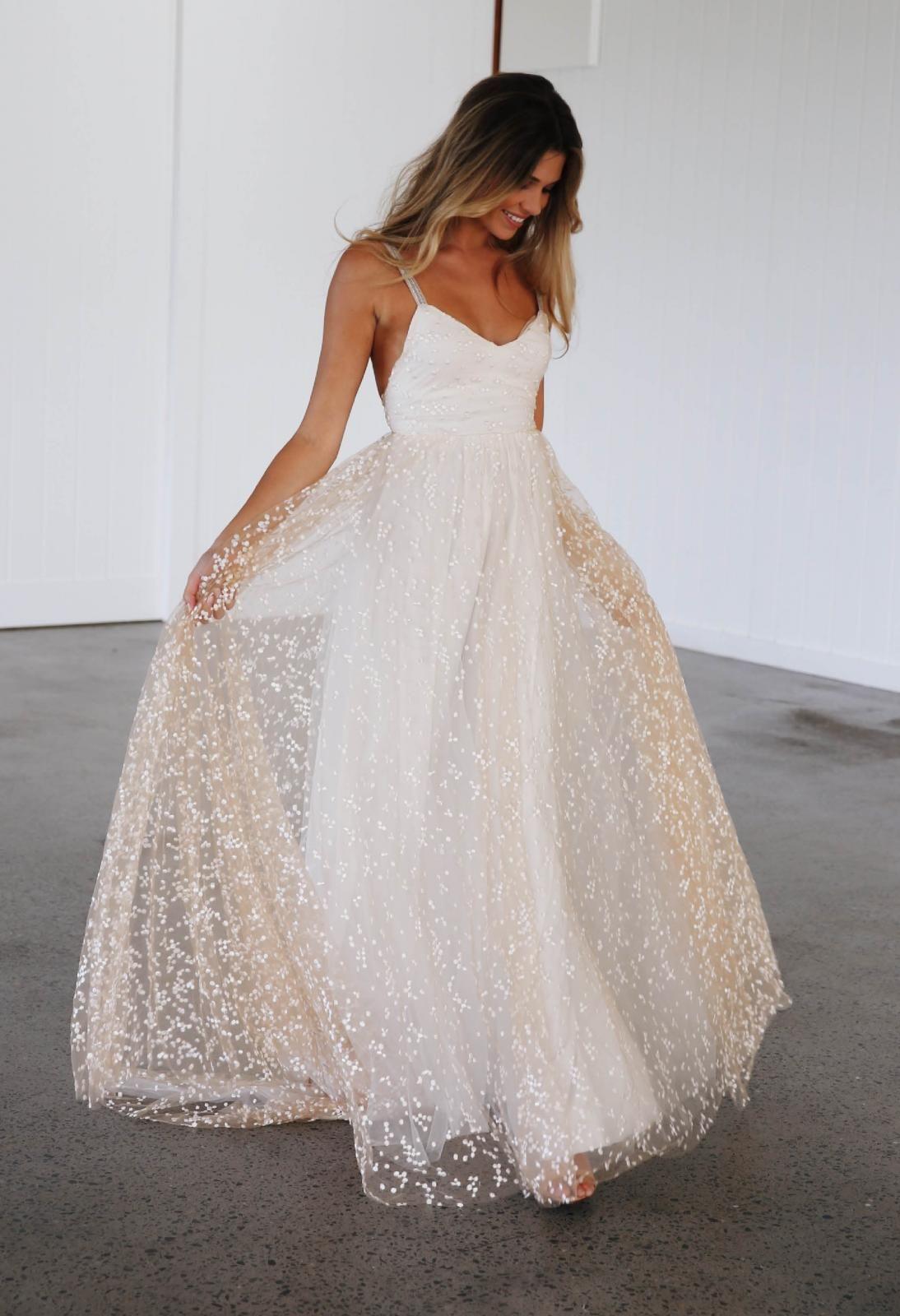 1c33feb263 Menha in 2019 | Elixir by Grace Loves Lace Wedding Dresses | Wedding ...