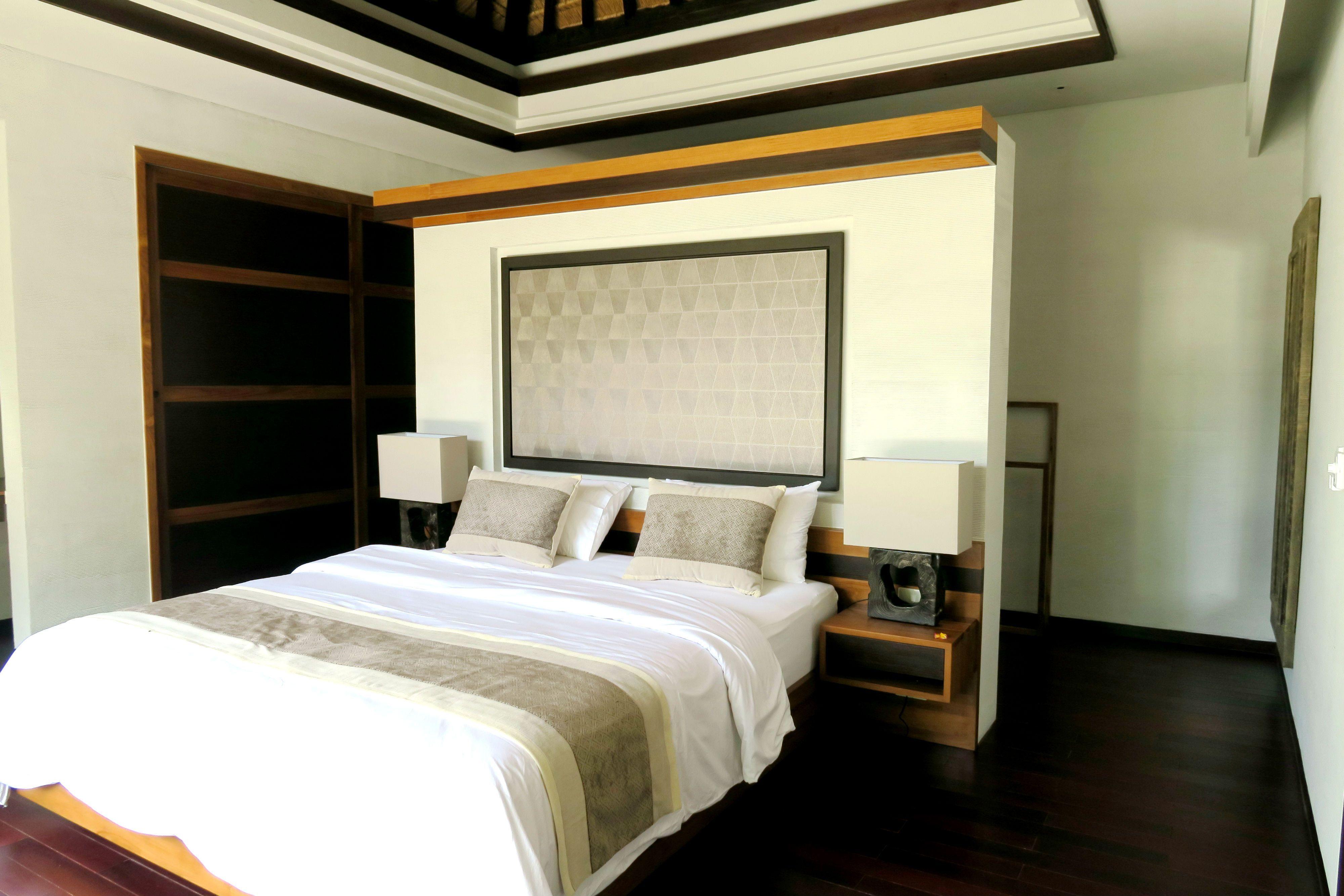 CONTEMPORARY Bedroom by Canela Bali Contemporary