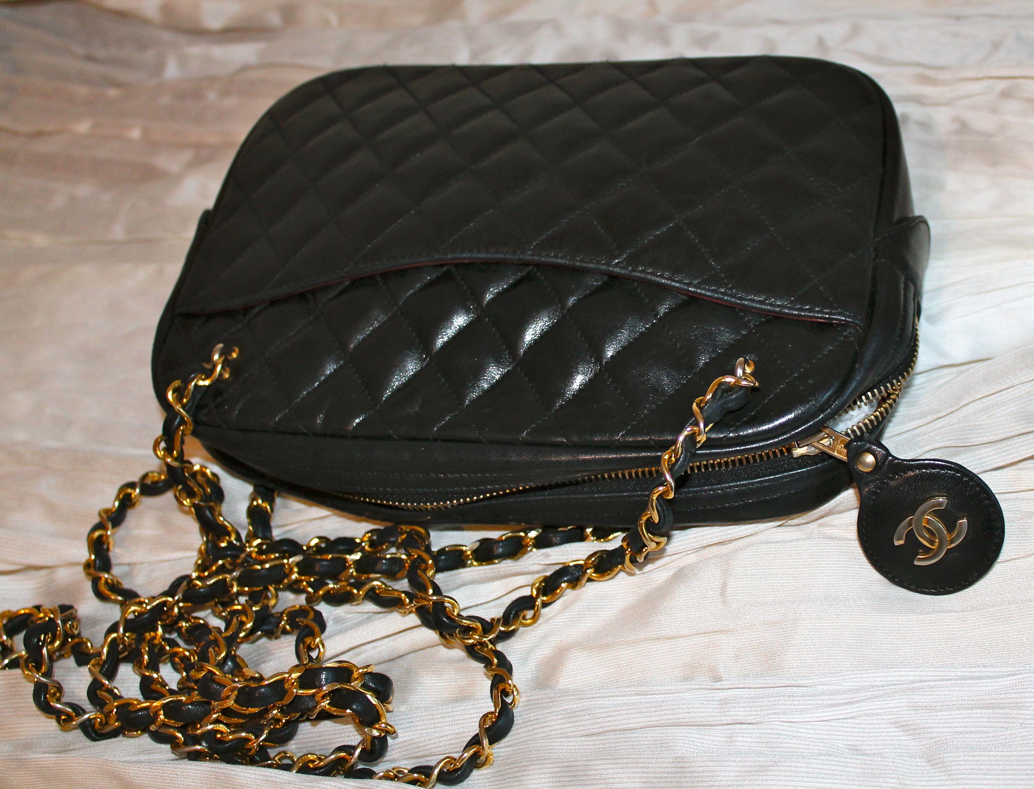Borse Con Catena Chanel.Borsa Chanel In Agnello Nero Matelasse Con Doppia Tracolla Con