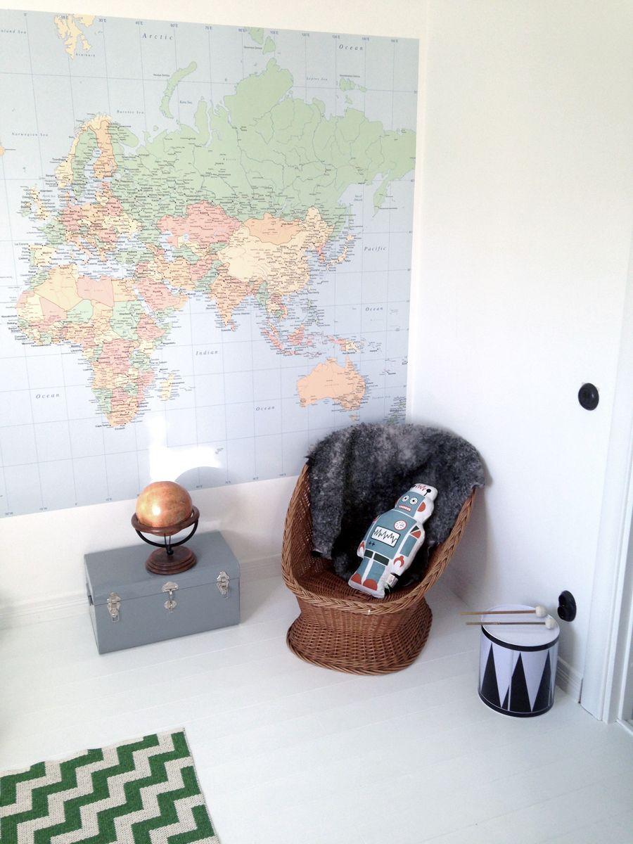 TINY TOURS: ludwig's room   ff blog