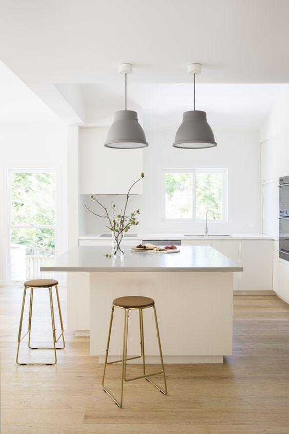 Houten vloer in de keuken kan heel goed en maakt het mooi for Innendekoration ikea