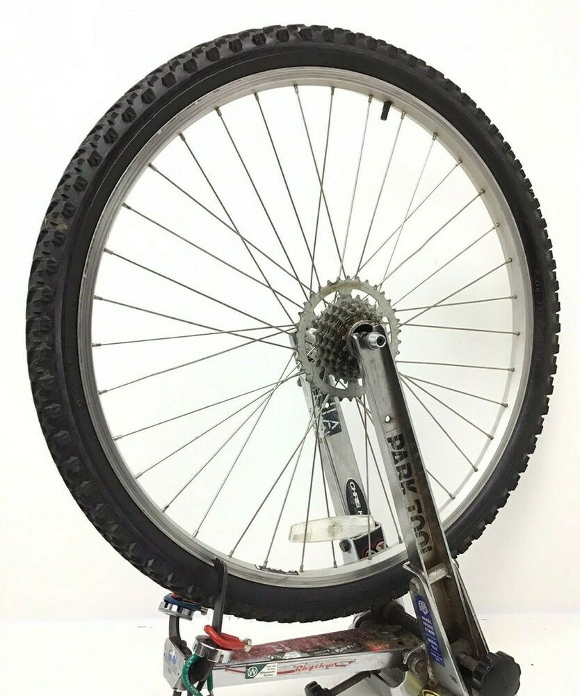 26 Rear Bicycle Quick Release Wheel W 7 Speed Freewheel 1 95