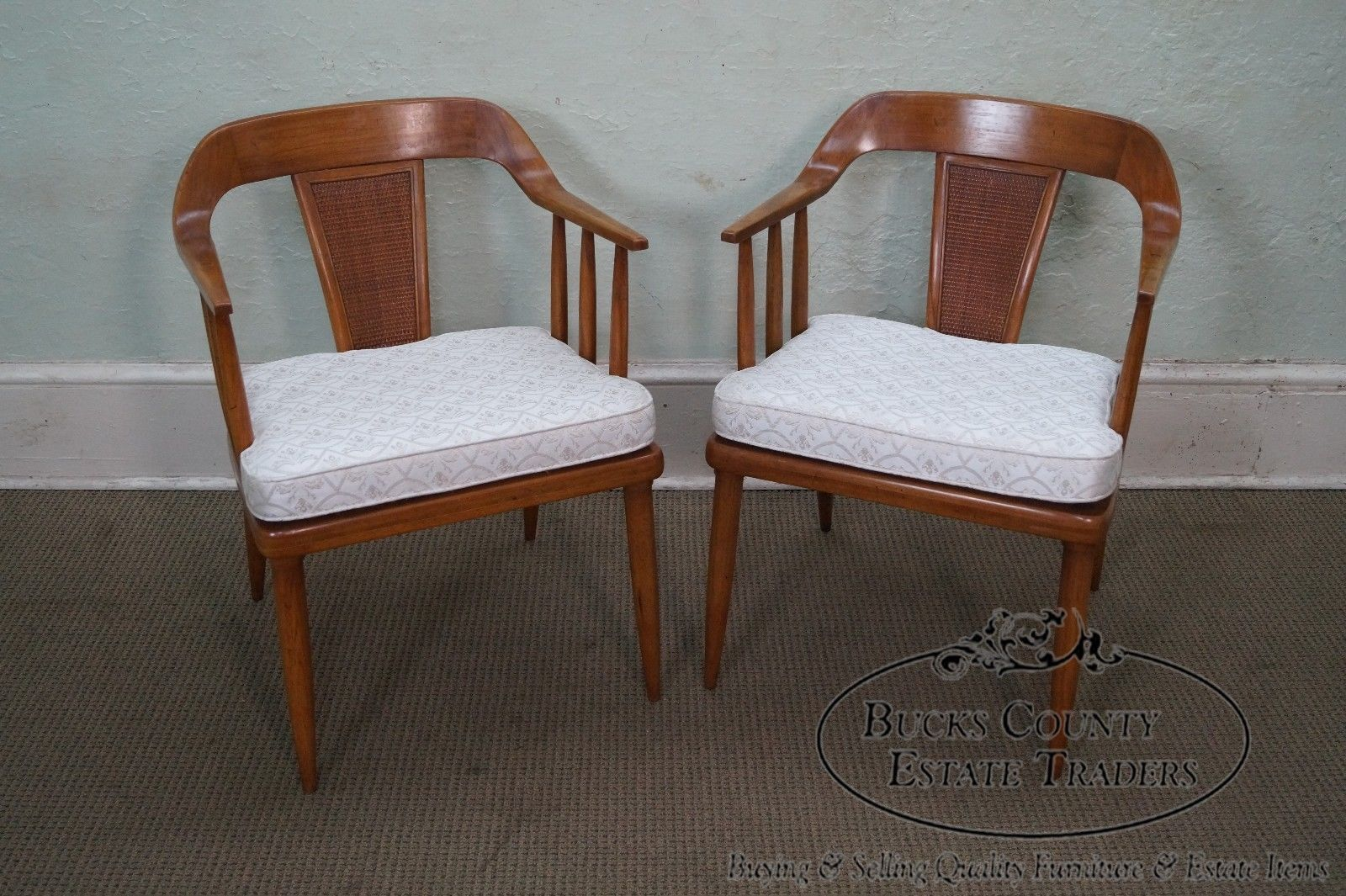 Sophisticate By Tomlinson Set Of 4 Mid Century Walnut Curved Back