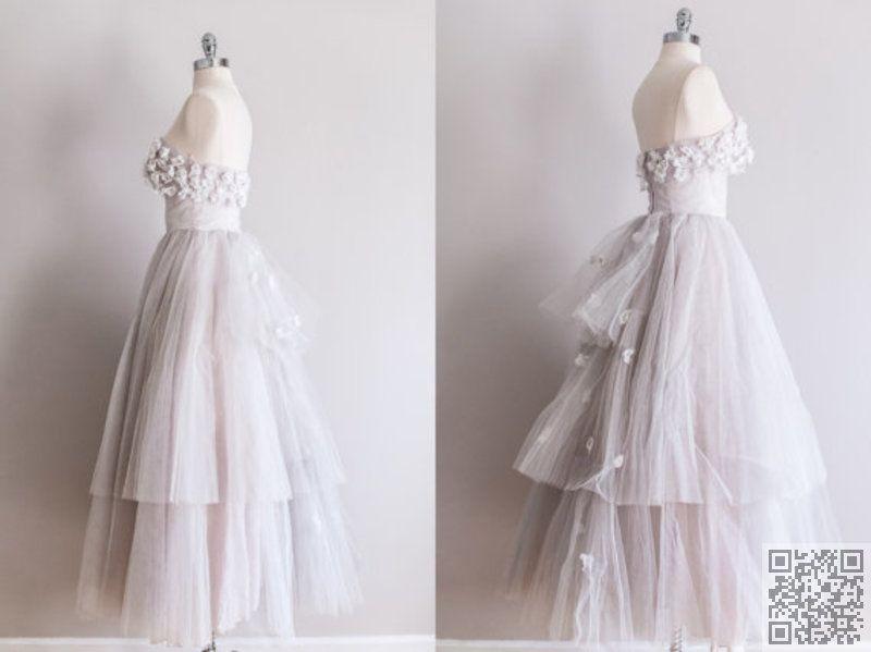 7. #1950s Tulle #Vintage #Wedding #Dress - 7 Beautiful Vintage #Wedding… #Birdcage
