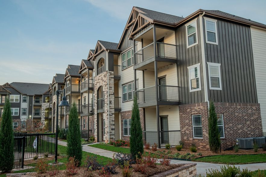 See All Available Apartments For Rent At Cedar Ridge Apartments In Tulsa Ok Cedar Ridge Apartments Has Rental In 2020 Apartment Hunting Apartments For Rent Apartment