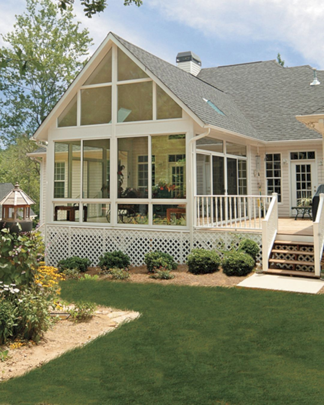 Wonderful screened in porch and deck idea 26 porch decking and screened porches Screened porch plans designs