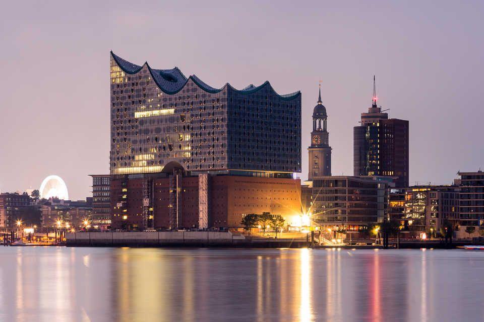 Elbphilharmonie Hamburg Tickets Eintrittskarten Getyourguide De Hamburg Stadtlandschaft Hamburg Reise