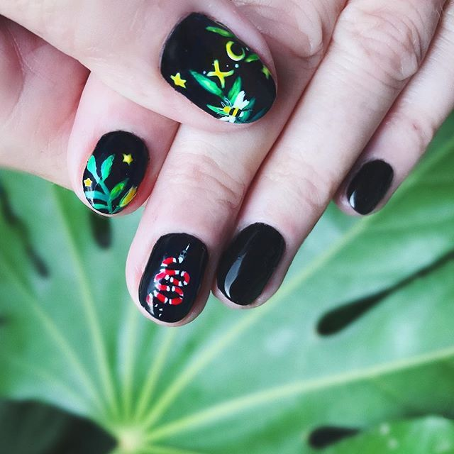 Another Gucci Inspired Nail Design With Xyla Crawley Initials For