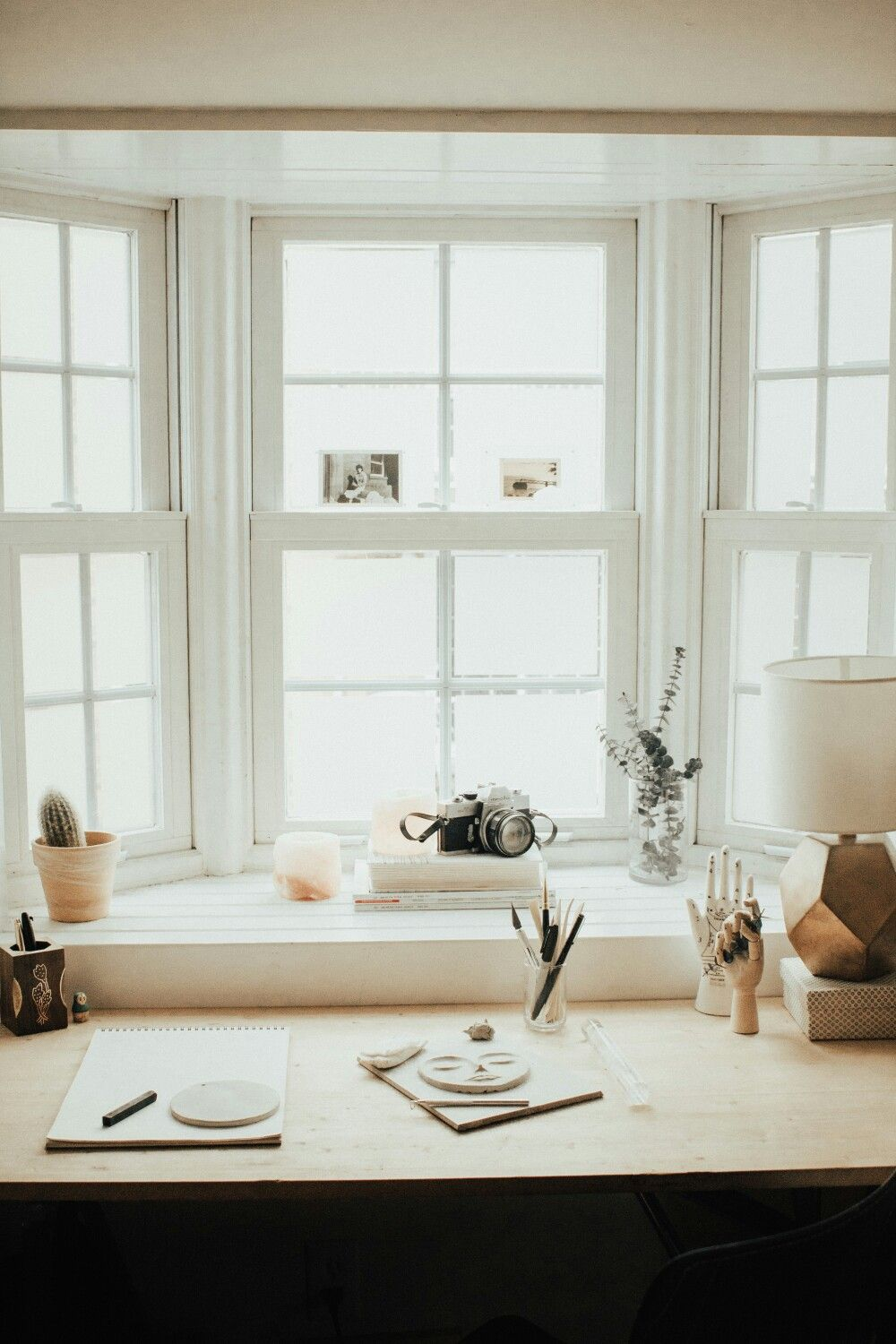 Kate Gillighan Interior | Creative workspace in a bright window nook ...