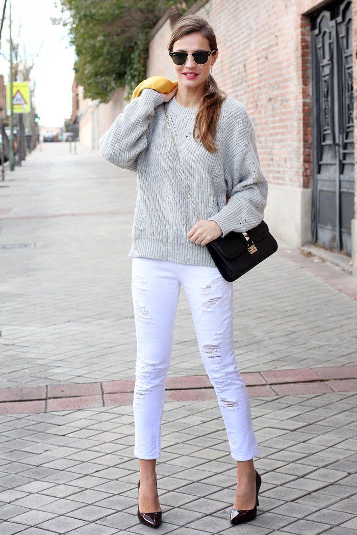 12 Ideas De Pantalon Rotos Pantalon Roto Pantalon Blanco Roto Pantalones Blancos