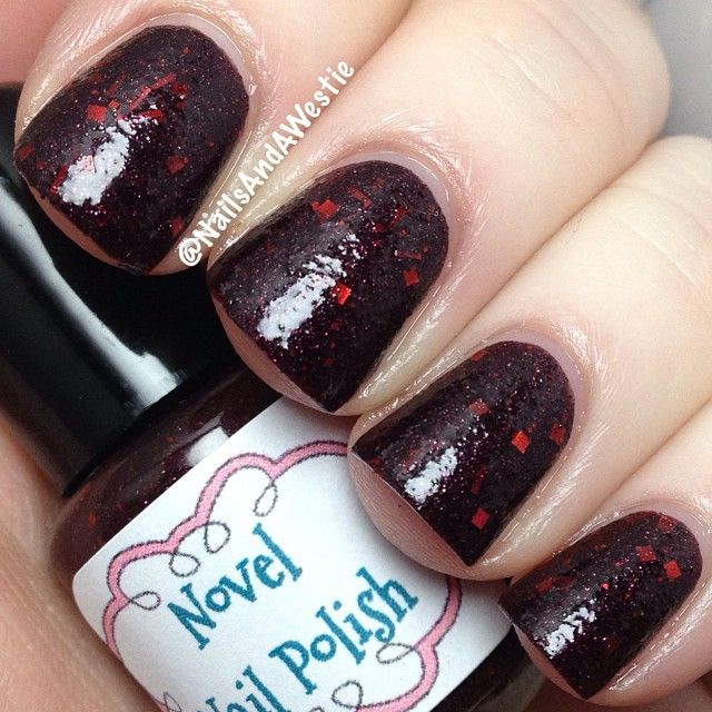 Novel Nail Polish 'Dark and Full of Terrors'. 2 coats, with topcoat. Thermal crelly (with glitter) that goes from black when cold, to red when warm. #nails #nailpolish #indiepolish #novelnailpolish #thermalpolish