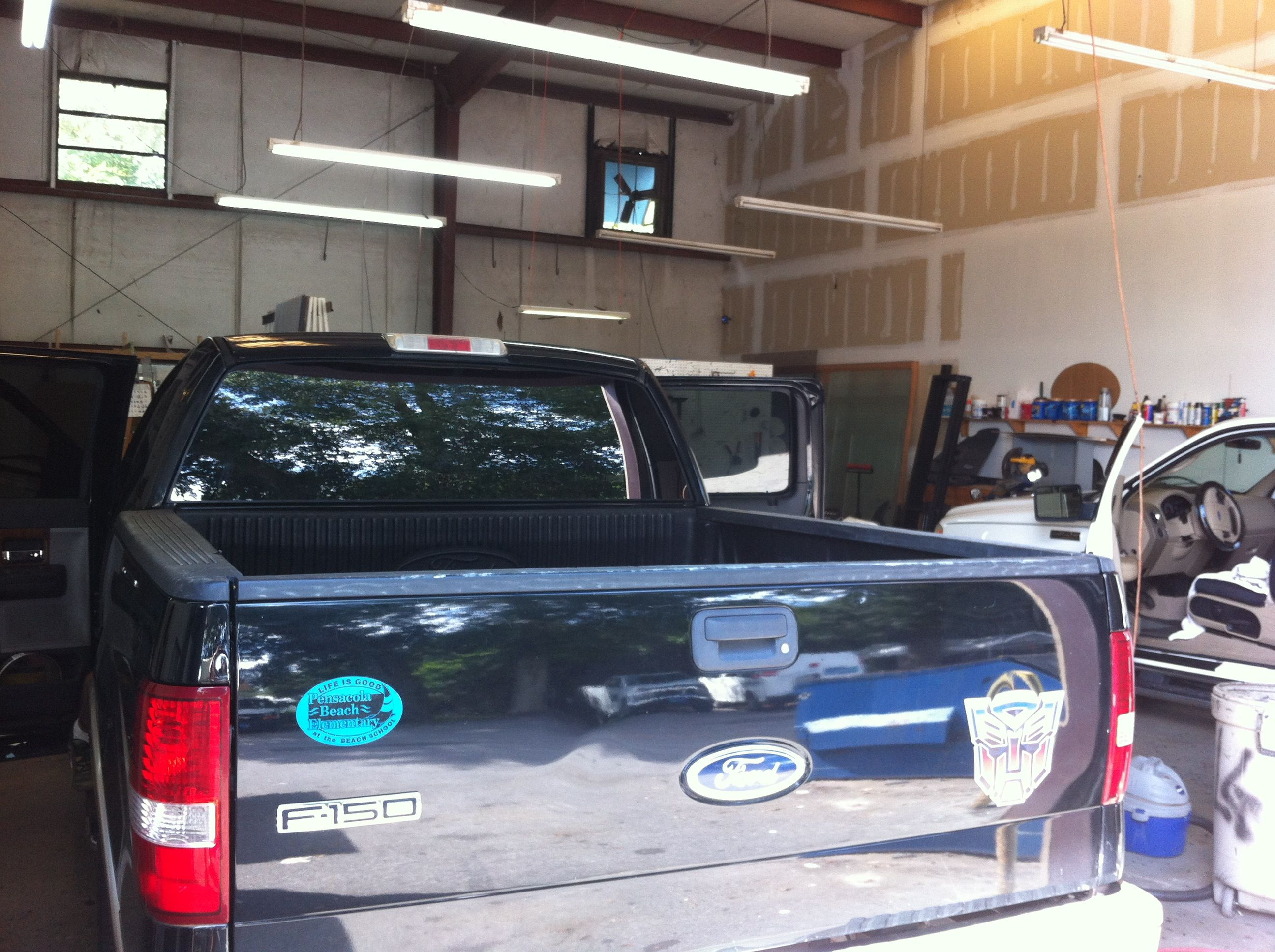 Ford F  In For A Back Glass Replacement Autoglass Pensacola