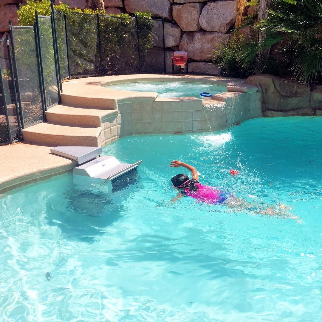 The Fastlane® lets you swim against the Endless Pools current in ...