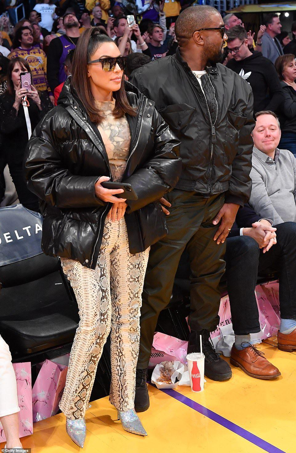 Kim Kardashian And Kanye West Head To Staples To Watch Khloe Ex Play In 2020 Kim Kardashian And Kanye Kim And Kanye Kanye West