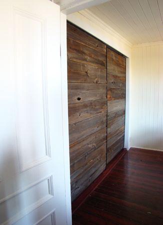 GardeRobe En Bois Recyclé Living Room Pinterest Bois - Porte placard coulissante jumelé avec porte d entrée appartement blindée