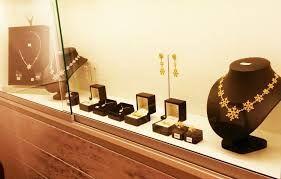 Kuvahaun tulos haulle korut kulta hopea