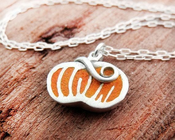 Lulubug Jewelry pumpkin necklace...so cute!