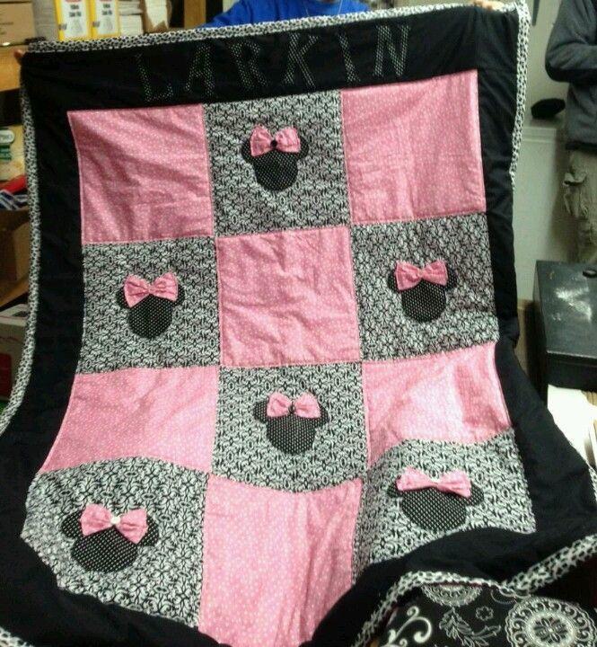 25 unique homemade quilts ideas on pinterest quilt. Black Bedroom Furniture Sets. Home Design Ideas