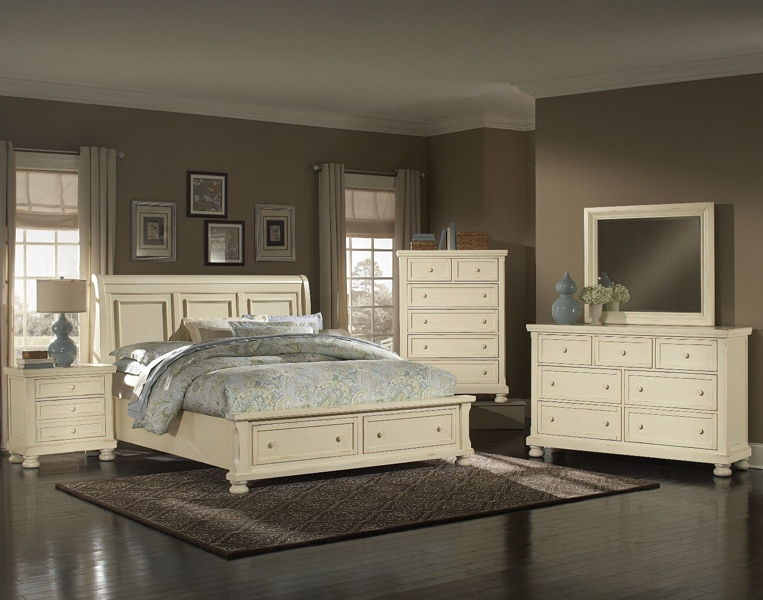 Bedroom Furniture ue Sleigh Bed ue Reflections Parchment Sleigh Bed