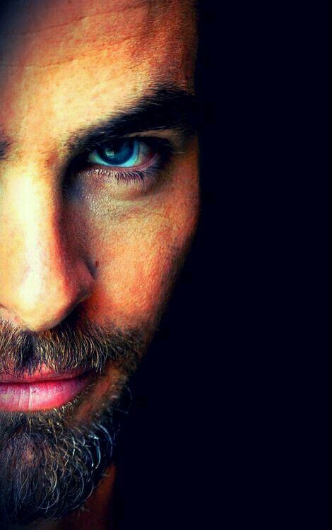Explore Chris Pine Eyes Chris Pine Beard And More
