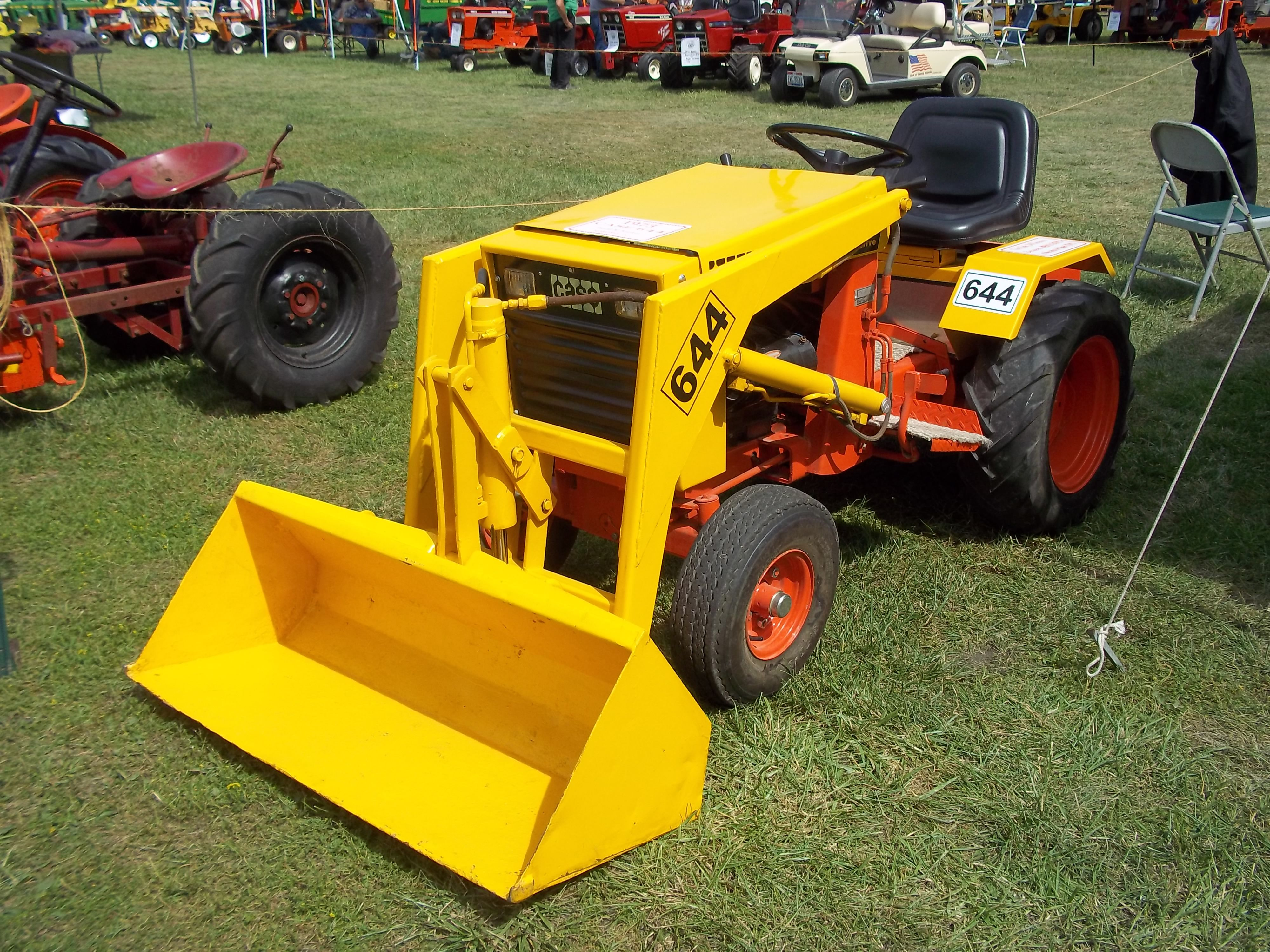 1970s Case 644 Garden Loader Tractor Would Be Nice To Have Ingersoll Tractors Pinterest