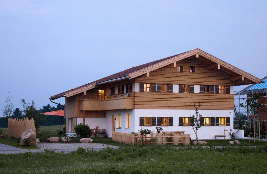 Miesbacher Holzhaus Innovatives Traditionshaus Haus