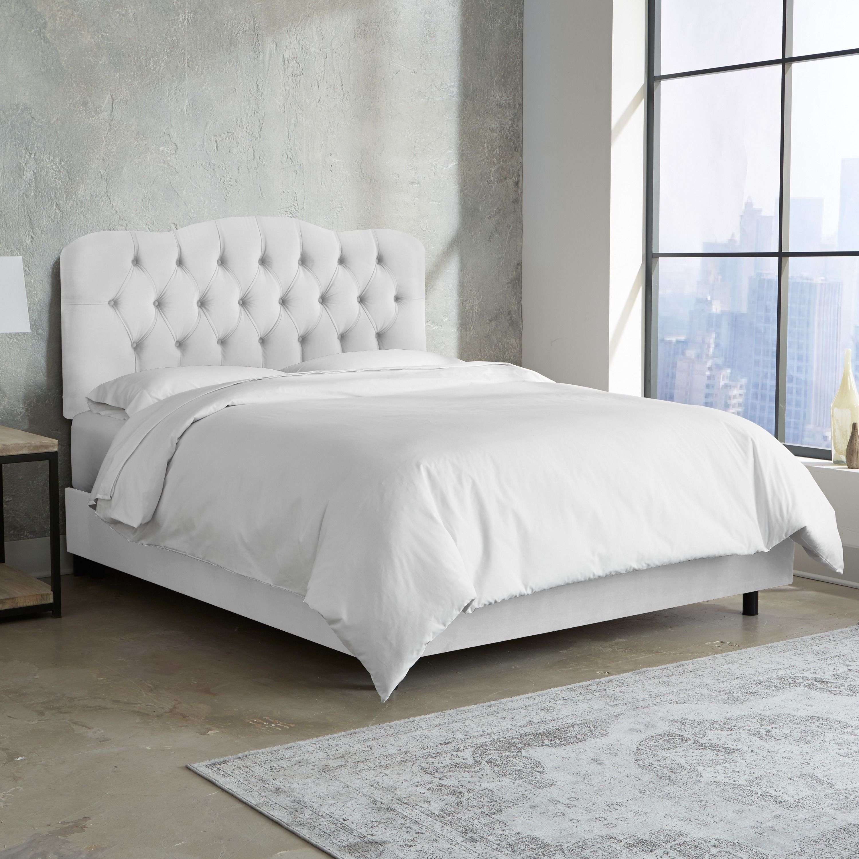 Skyline Furniture Tufted Bed In Velvet White Twin In
