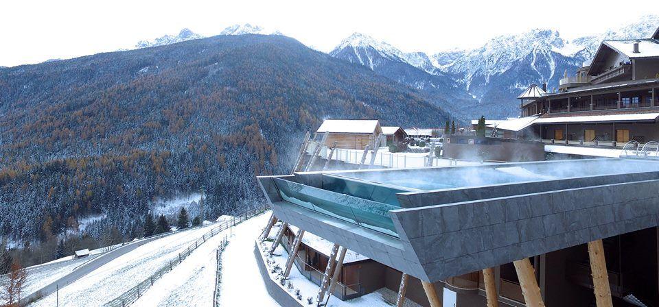 Sky Pool Im Alpin Panorama Hotel Hubertus S In Sudtirol