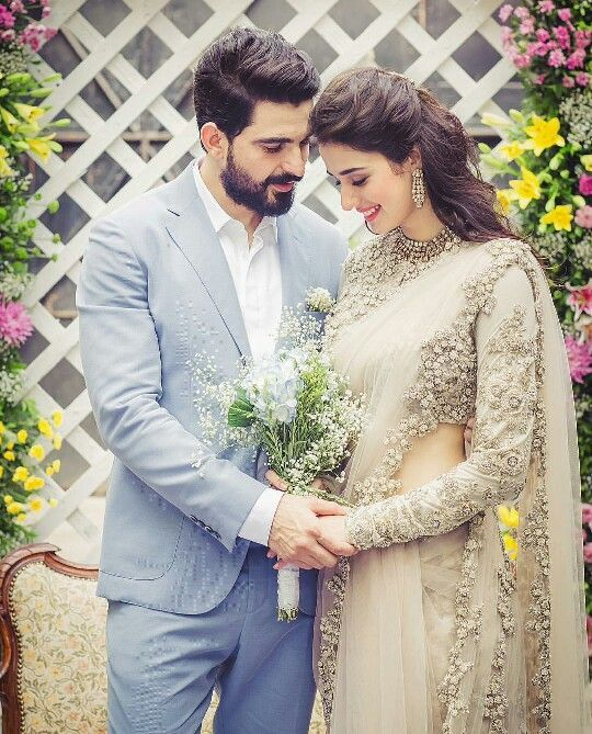 Beautiful indian couple awesome post by fashion pick for Indian wedding dresses new york