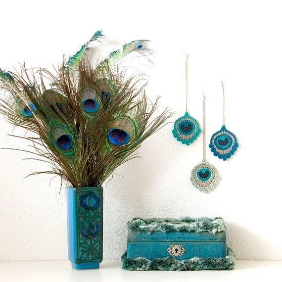 Patrón de crochet Pequeño pluma del pavo real adorno Por ...