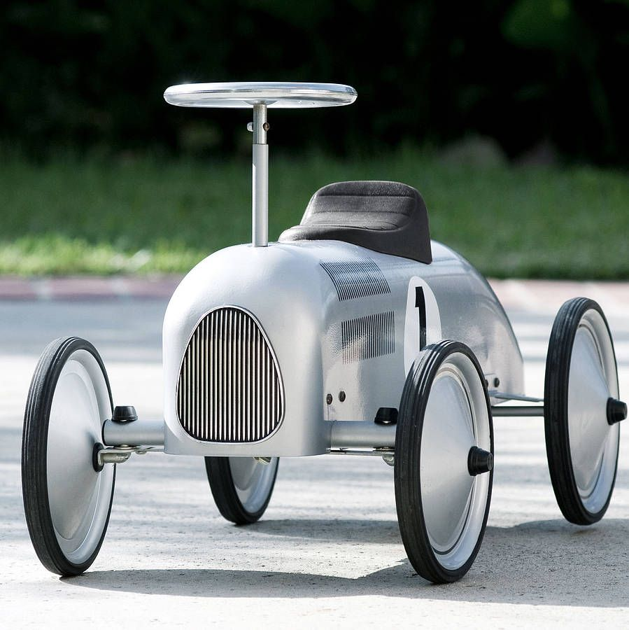 vintage style ride on racing car by when i was a kid notonthehighstreetcom