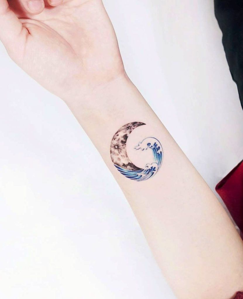 Cool Wrist Tattoos Small: 33+ Small & Meaningful Wrist Tattoo Ideas