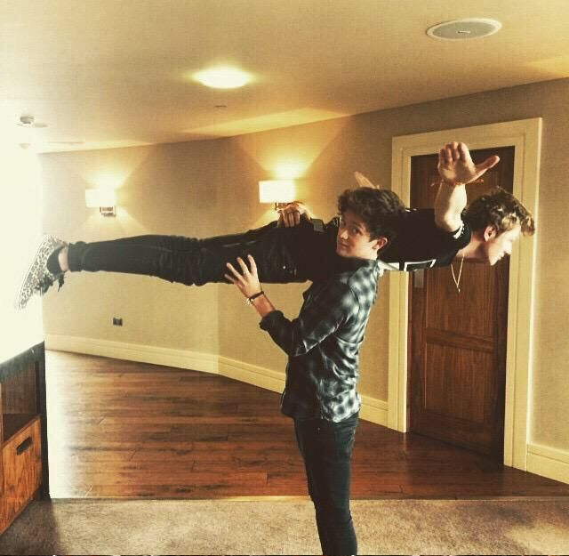 When the fandom saw that #TheVampsNewSingleWakeUp is trending!  Tristan represents the Whole Fandom   @TheVampsband