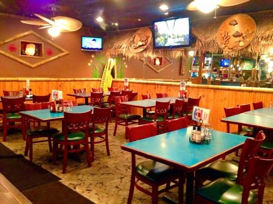Locals Vote Florida Seafood Bar Grill In Cocoa Beach 2 For