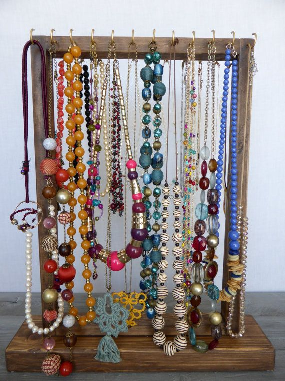 Organizador de joyas sostenedor del collar con 24 oro y - Percheros para collares ...