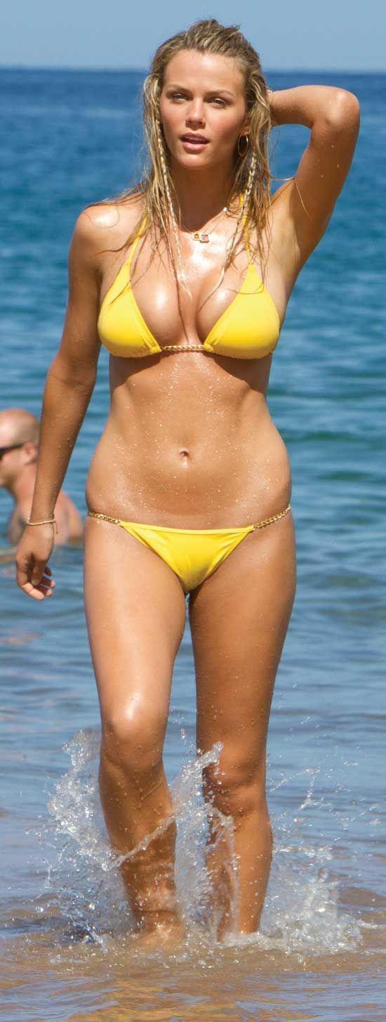Pin by youbia on Actresses1 | Brooklyn decker bikini