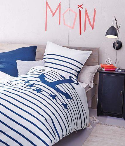 Maritim Einrichten Möbel Aus Holz Und Textilien In Blau Und Weiß