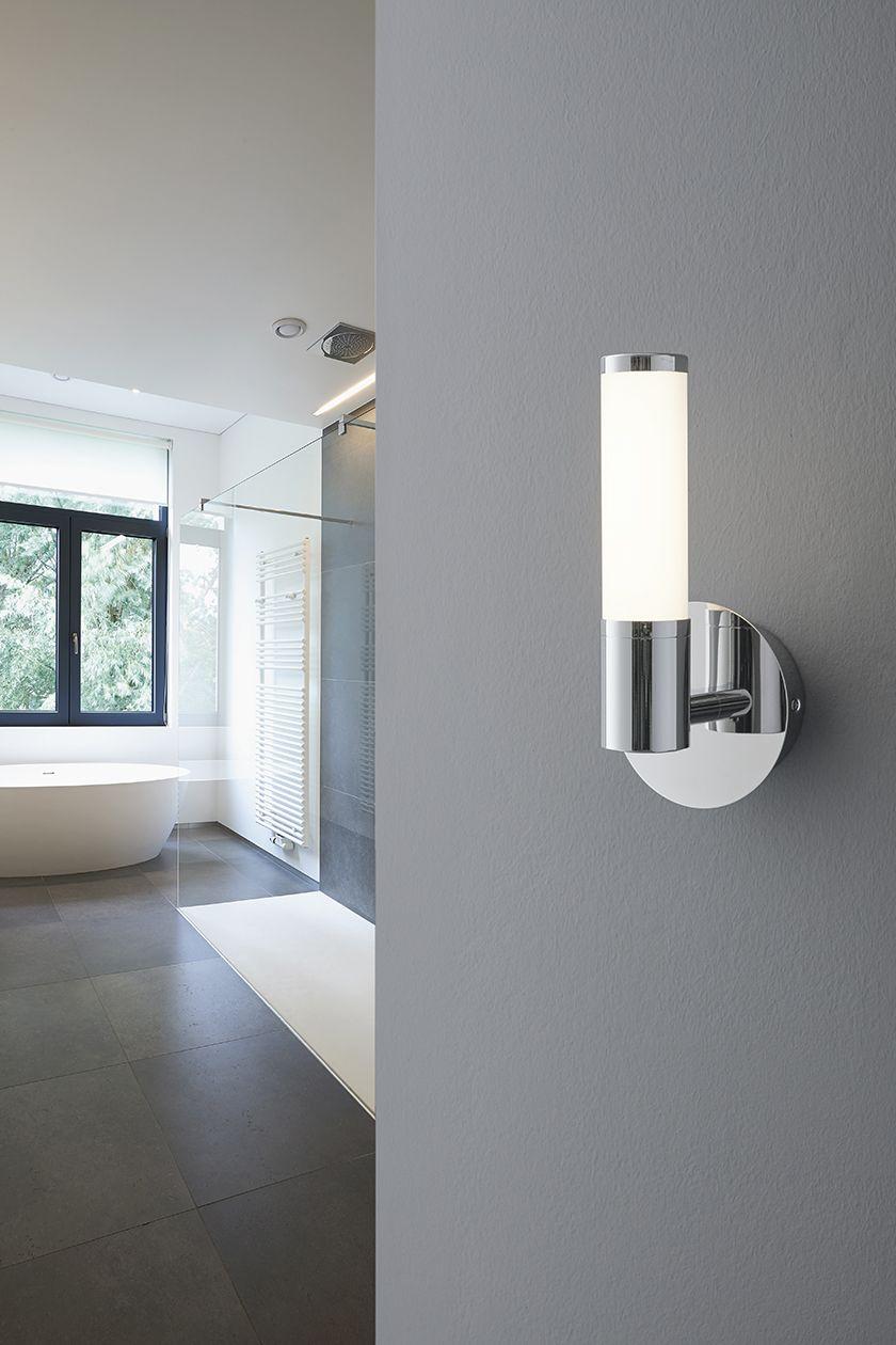 Palmera 1 Modern Wall Luminaire In Chrome Opal Glass White
