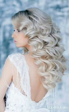 Beautiful blonde hair | Full head clip in human hair extensions | Prices start from £34.99 | Order Now to avail free worldwide delivery | Visit: www.cliphair.co.uk