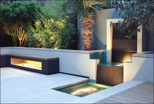 Modern Landscape Design With Contemporary Outdoor Lighting 1