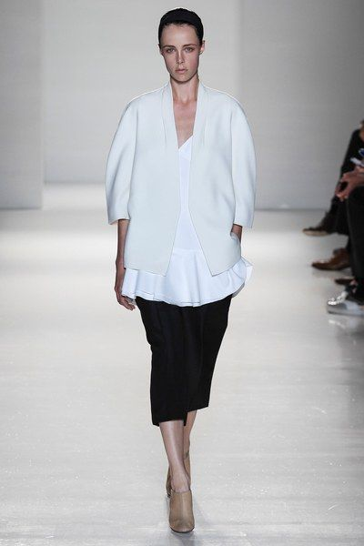 See the complete Victoria Beckham Spring 2014 Ready-to-Wear collection.