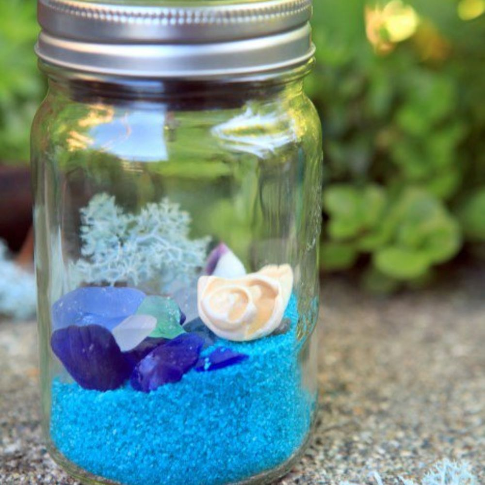 Beachy Mason Jar Solar Lights