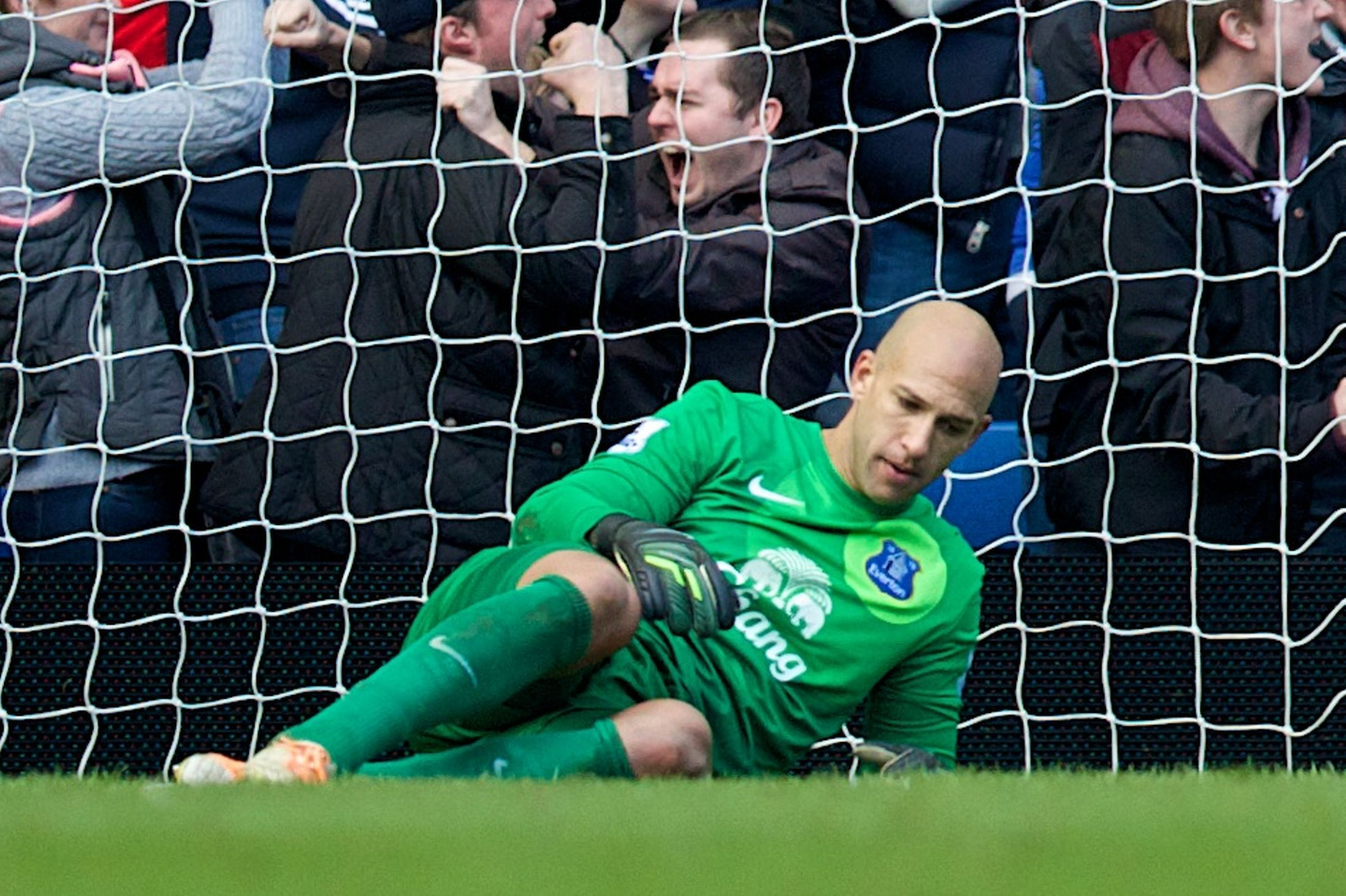 Chelsea 1 Everton 0: Blues sickener after last-gasp own ...