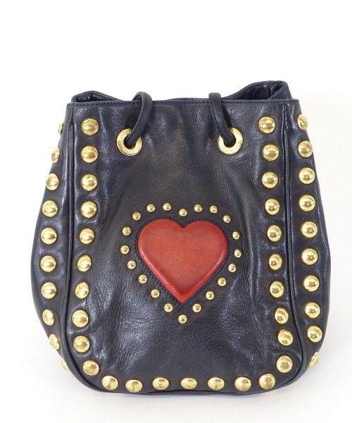 moschino leder beutel tasche bag schwarz herz motiv nieten luxus az212 what women want. Black Bedroom Furniture Sets. Home Design Ideas