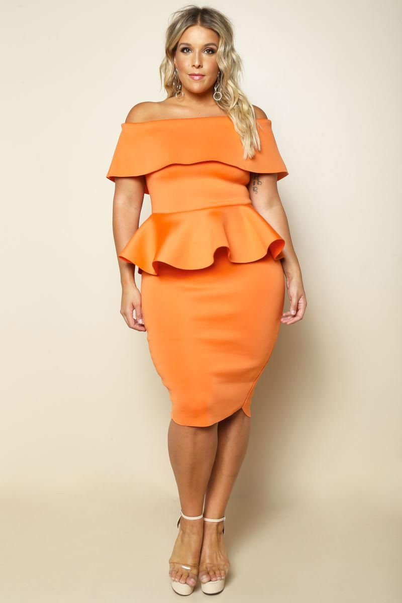 A Alluring And Effortlessly Glam Plus Size Dress Features A
