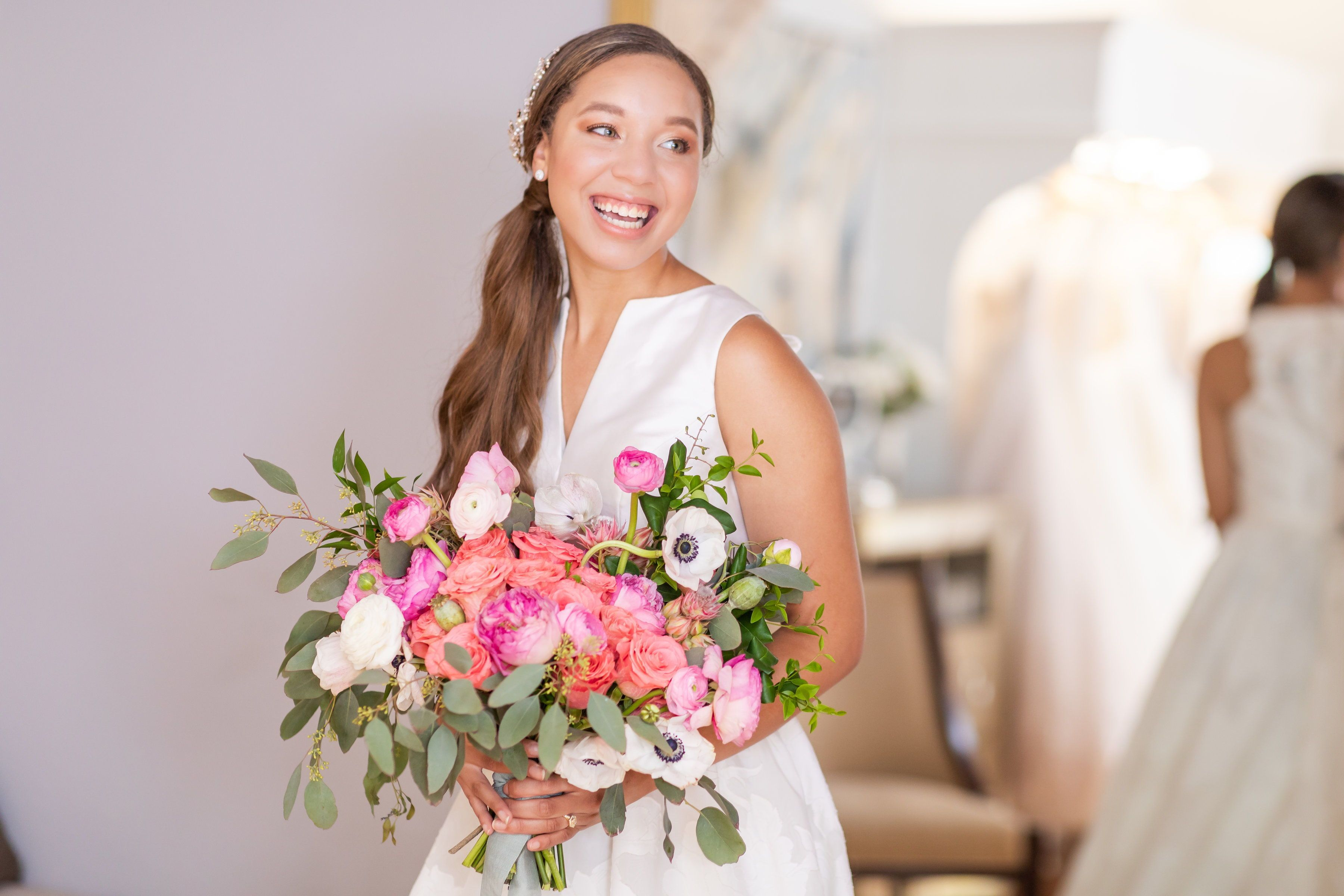 An Elegant Styled Bridal Session At Olivia Grace Bridal In San Antonio Tx By Embellished Event Plan San Antonio Weddings Wedding Planner Hill Country Wedding