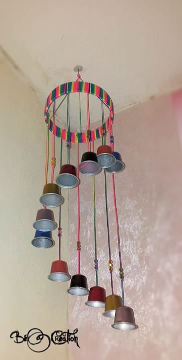 Mobile avec capsules caf id es d co chambre enfant r cup pinterest nespresso and craft for Idee deco slaapkamer baby meisje