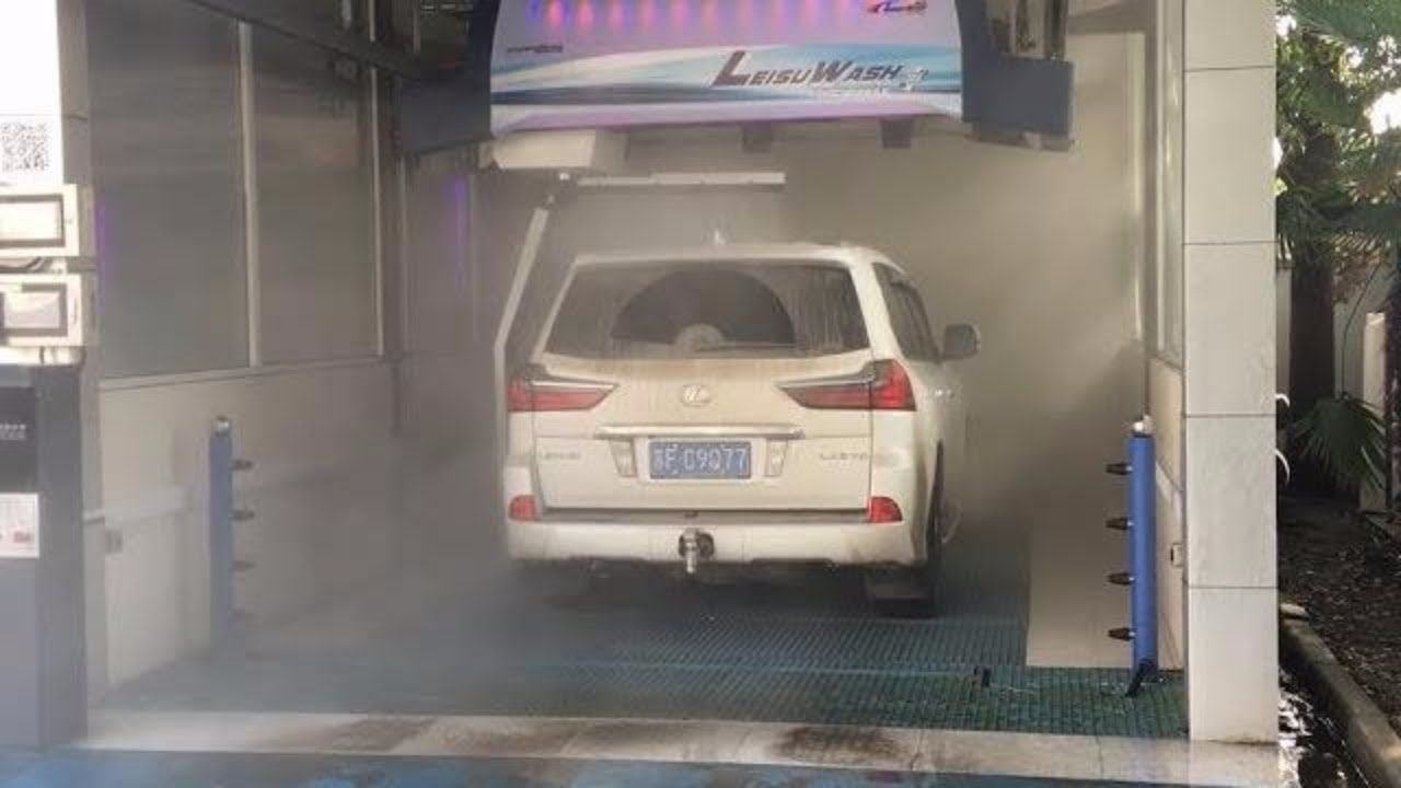 Automatic touchless car wash system dirty car washing